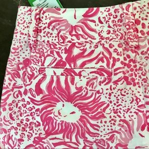 Lilly Pulitzer Shorts - NWT Lilly Pulitzer Shorts Size 000